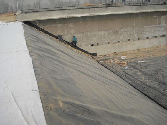 蓄水池边坡施工